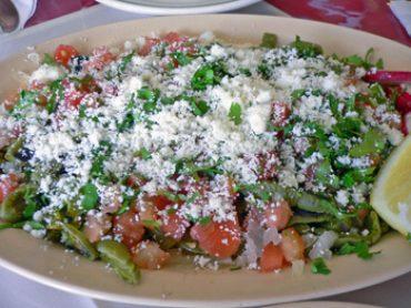 Receta para preparar la ensalada perfecta tips y recetas for Cocinar nopal