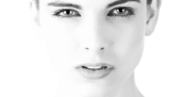 4 errores nocturnos del cuidado de la piel que pueden estar perjudicándote